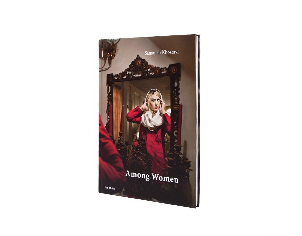 Buch Among Women iranische Fotogarfin Samaneh Khosravi