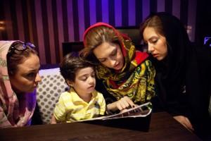 Among Women / @ Samaneh Khosravi