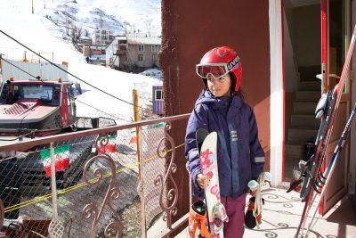Sahel, die neunjährige iranische Skifahrerin