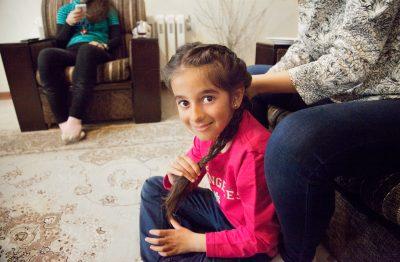 Sahel bereitet sich für ihren Geburtstag vor.