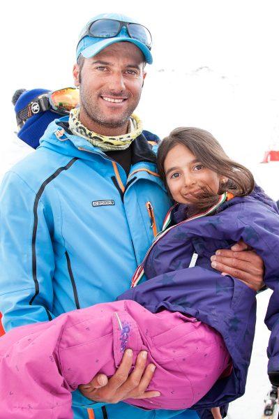 Sahel's Onkel ist Skilehrer und er hat sie für den Wettkampf trainiert.